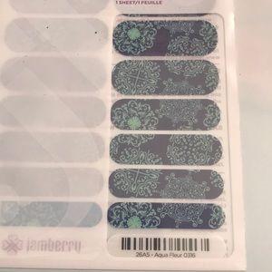 Jamberry Wrap- Aqua Fleur